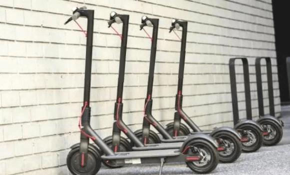 共享滑板车
